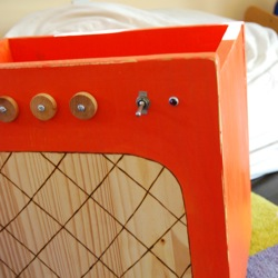 amp toy box