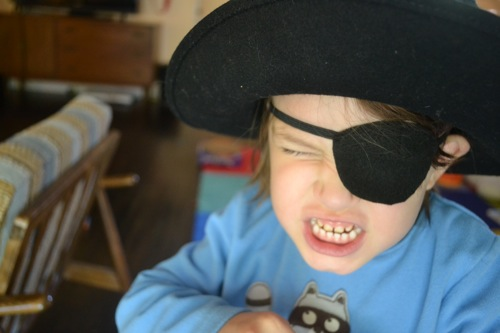 pirate eye patch pattern