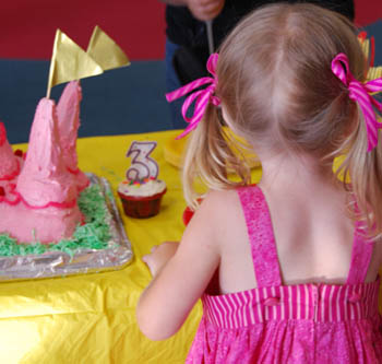 princess birthday cake castle