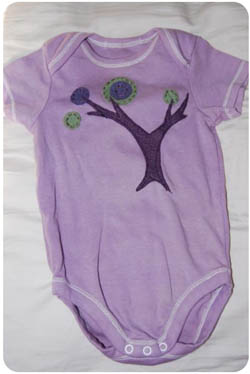 Sewn Tie Appliqué Baby Onesie Bodysuit || Simple and